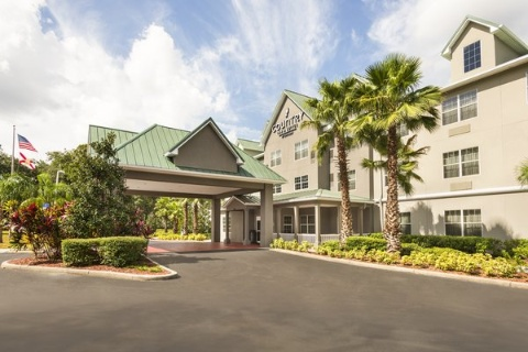Comfort Suites At Fairgrounds-Casino, FL 33584 near  View Point 1