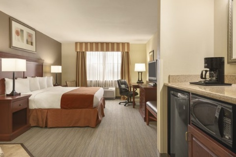 Comfort Suites At Fairgrounds-Casino, FL 33584 near  View Point 4