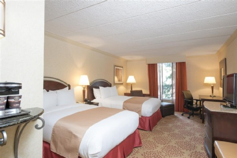 DoubleTree by Hilton Hotel Grand Rapids Airport, MI 49512 near Gerald R. Ford International Airport View Point 13