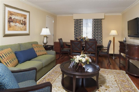 DoubleTree by Hilton Hotel Grand Rapids Airport, MI 49512 near Gerald R. Ford International Airport View Point 9