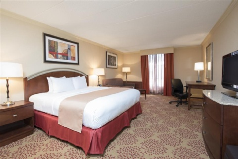 DoubleTree by Hilton Hotel Grand Rapids Airport, MI 49512 near Gerald R. Ford International Airport View Point 6