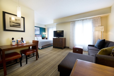 Residence Inn by Marriott Mississauga-Airport Corporate Centre West, ON L4W 5R2 near Toronto Pearson International Airport View Point 13