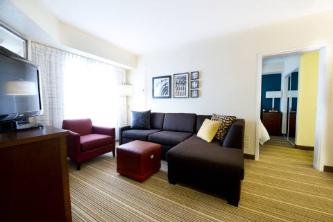 Residence Inn by Marriott Mississauga-Airport Corporate Centre West, ON L4W 5R2 near Toronto Pearson International Airport View Point 10