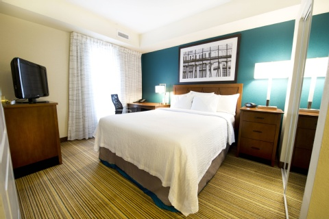 Residence Inn by Marriott Mississauga-Airport Corporate Centre West, ON L4W 5R2 near Toronto Pearson International Airport View Point 5