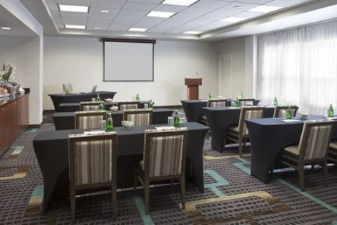 Residence Inn by Marriott Toronto Airport, ON M9W7K7 near Toronto Pearson International Airport View Point 15