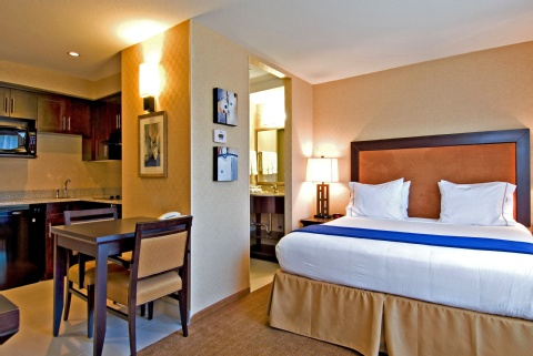 Holiday Inn Express & Suites Riverport Richmond, BC V6W 1E7 near Vancouver International Airport View Point 13