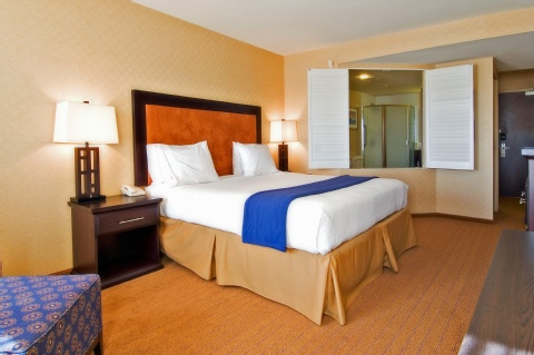 Holiday Inn Express & Suites Riverport Richmond, BC V6W 1E7 near Vancouver International Airport View Point 9