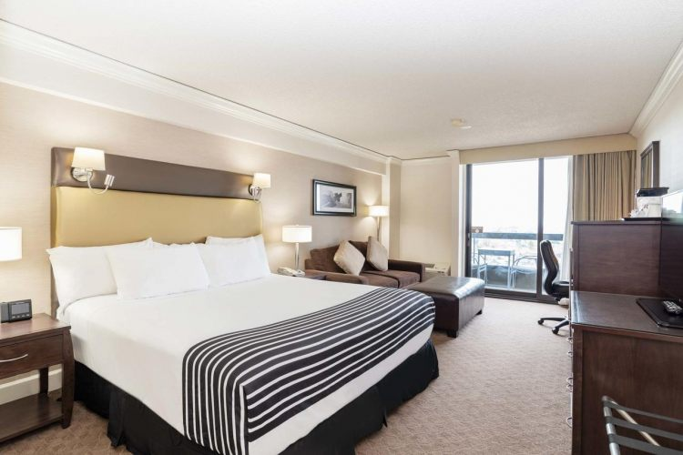 Sandman Signature Vancouver Airport Hotel & Resort, BC V6X 2M9 near Vancouver International Airport View Point 16