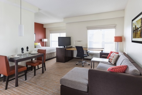 Residence Inn Bloomington by Mall of America, MN 55425 near Minneapolis-saint Paul International Airport (wold-chamberlain Field) View Point 7