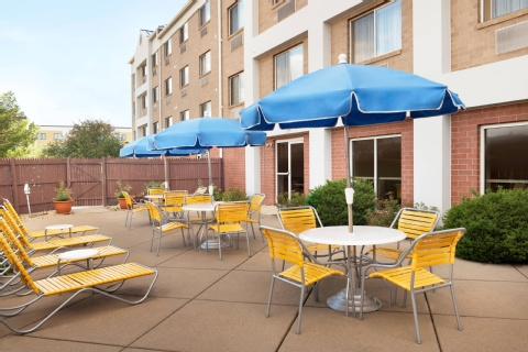 Fairfield Inn & Suites Minneapolis Bloomington/Mall of America, MN 55425     near Minneapolis-saint Paul International Airport (wold-chamberlain Field) View Point 21