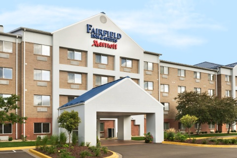 Fairfield Inn & Suites Minneapolis Bloomington/Mall of America, MN 55425     near Minneapolis-saint Paul International Airport (wold-chamberlain Field) View Point 22