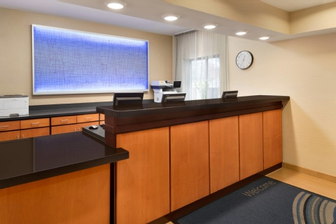 Fairfield Inn & Suites Minneapolis Bloomington/Mall of America, MN 55425     near Minneapolis-saint Paul International Airport (wold-chamberlain Field) View Point 18