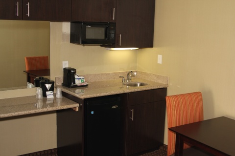 Holiday Inn Express Hotel & Suites Indianapolis , IN 46224 near Indianapolis International Airport View Point 11