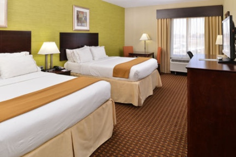Holiday Inn Express Hotel & Suites Indianapolis , IN 46224 near Indianapolis International Airport View Point 4
