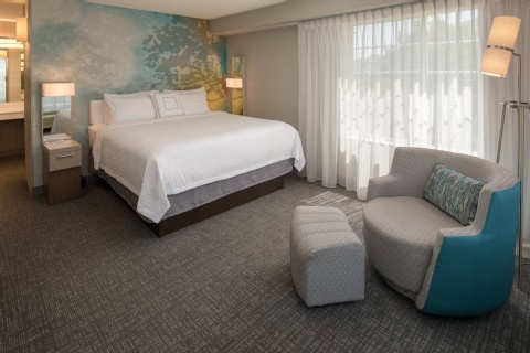 Courtyard by Marriott Portland North, OR 97217 near Portland International Airport View Point 3