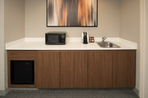 Courtyard by Marriott Portland North, OR 97217 near Portland International Airport View Point 2