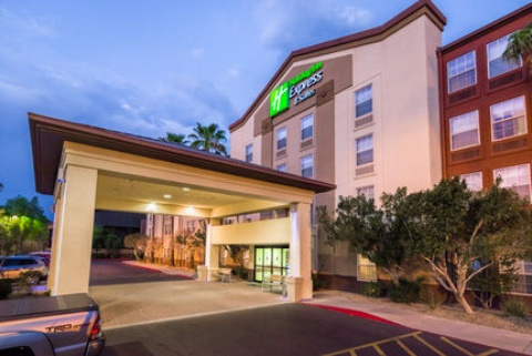 Holiday Inn Express & Suites Phoenix Airport, AZ 85034 near Sky Harbor International Airport View Point 1