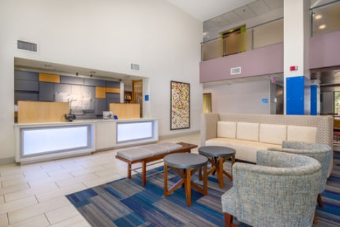Holiday Inn Express & Suites Phoenix Airport, AZ 85034 near Sky Harbor International Airport View Point 22