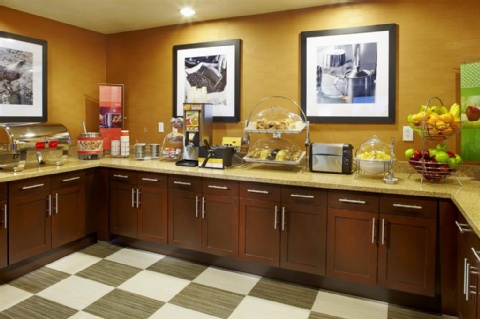 Hampton Inn Phoenix-Biltmore, AZ 85016 near Sky Harbor International Airport View Point 12