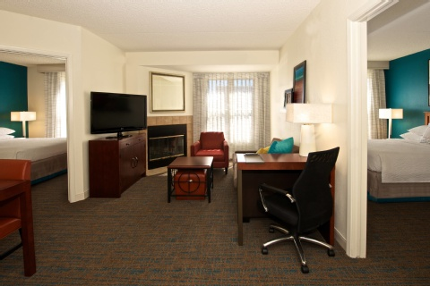 Residence Inn Phoenix Airport, AZ 85008 near Sky Harbor International Airport View Point 4