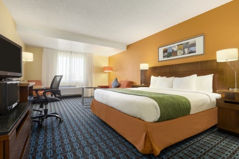 Country Inn & Suites by Radisson, Phoenix Airport, AZ 85034 near Sky Harbor International Airport View Point 16