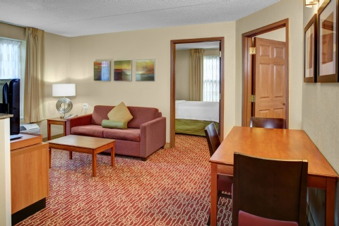 TownePlace Suites by Marriott Cleveland Airport, OH 44130 near Cleveland Hopkins International Airport View Point 4