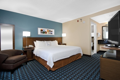 Fairfield Inn & Suites Raleigh-Durham Airport/Research Triangle Park, NC 27560 near Raleigh-durham International Airport View Point 4