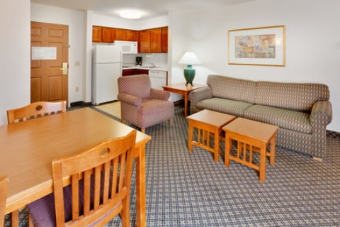 Staybridge Suites Allentown Bethlehem Airport, PA 18109 near Lehigh Valley International Airport View Point 3