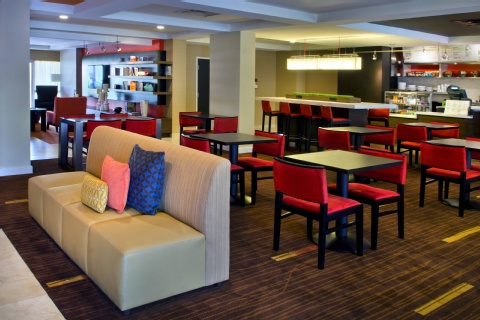 Courtyard by Marriott Allentown Bethlehem/Lehigh Valley Airport, PA 18018 near Lehigh Valley International Airport View Point 14