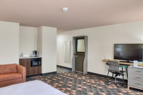 Holiday Inn Mobile West - I-10, AL 36619 near Mobile Regional Airport View Point 2