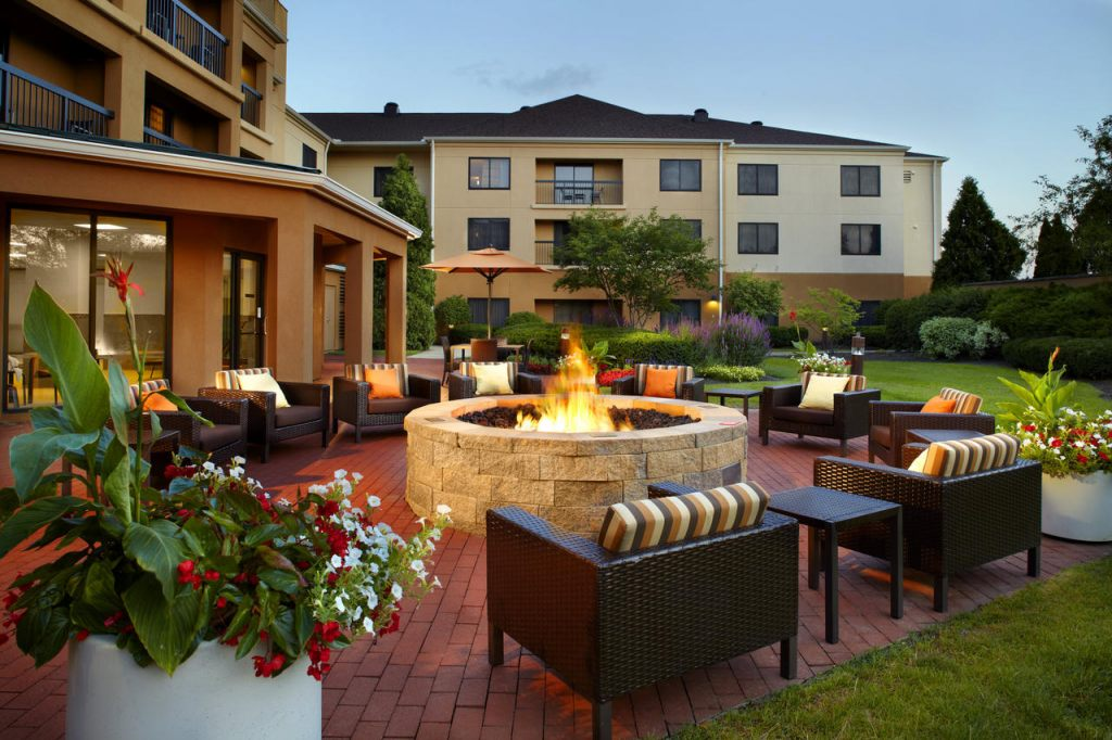 Courtyard by Marriott Columbus Airport, OH 43219 near Port Columbus International Airport View Point 1