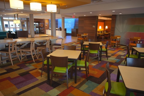 Fairfield Inn & Suites Columbus Airport, OH 43219 near Port Columbus International Airport View Point 18