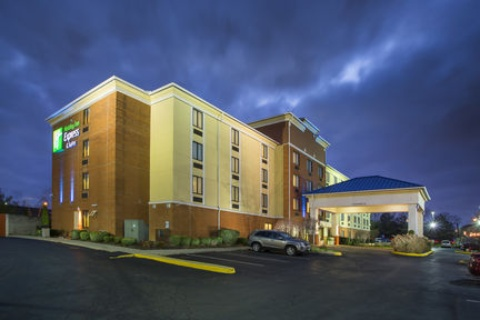 Holiday Inn Express & Suites Columbus Airport, OH 43230 near Port Columbus International Airport View Point 1
