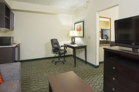 Holiday Inn Express & Suites Columbus Airport, OH 43230 near Port Columbus International Airport View Point 11