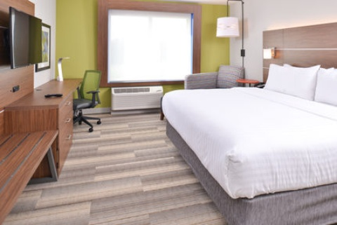 Holiday Inn Express & Suites Omaha Airport, NE 51510 near Eppley Airfield View Point 14
