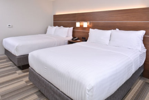 Holiday Inn Express & Suites Omaha Airport, NE 51510 near Eppley Airfield View Point 11