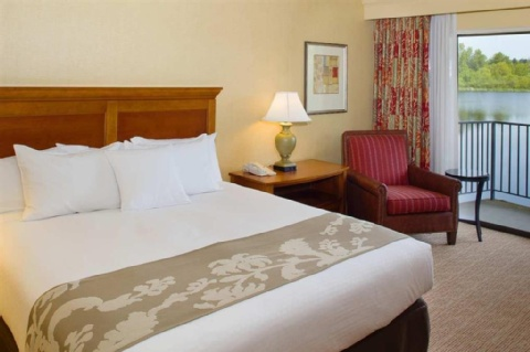 Doubletree by Hilton Seattle Airport, WA 98188 near Seattle-tacoma International Airport View Point 36