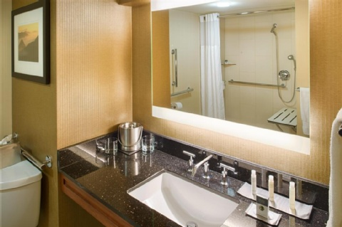 Doubletree by Hilton Seattle Airport, WA 98188 near Seattle-tacoma International Airport View Point 15