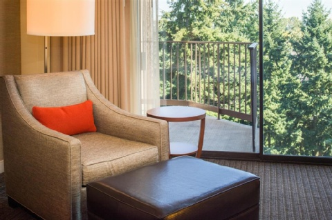 Doubletree by Hilton Seattle Airport, WA 98188 near Seattle-tacoma International Airport View Point 13
