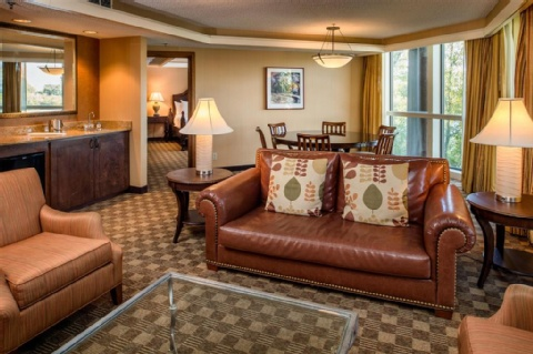 Doubletree by Hilton Seattle Airport, WA 98188 near Seattle-tacoma International Airport View Point 5