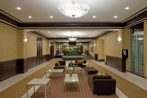 Crowne Plaza Montreal Airport, QC PQ H4T 1E3 near Montreal-Pierre Elliott Trudeau Int. Airport View Point 16