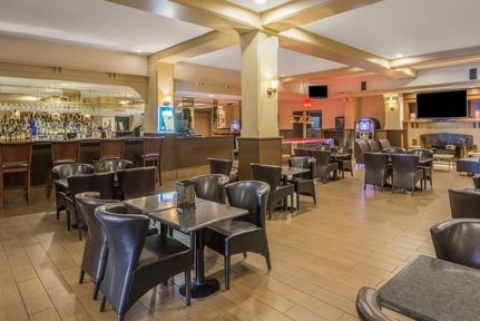Crowne Plaza Montreal Airport, QC PQ H4T 1E3 near Montreal-Pierre Elliott Trudeau Int. Airport View Point 15