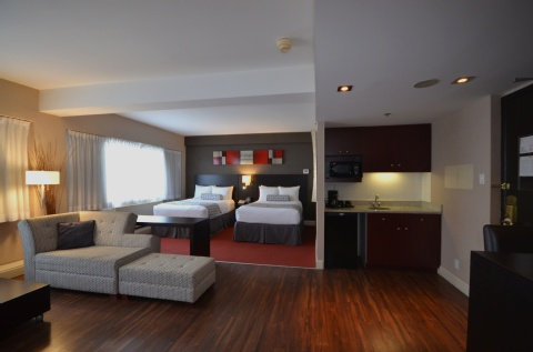 Crowne Plaza Montreal Airport, QC PQ H4T 1E3 near Montreal-Pierre Elliott Trudeau Int. Airport View Point 6