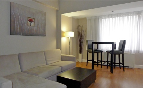 Crowne Plaza Montreal Airport, QC PQ H4T 1E3 near Montreal-Pierre Elliott Trudeau Int. Airport View Point 5