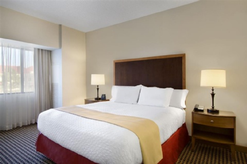 Embassy Suites by Hilton Detroit Metro Airport, MI 48174 near Detroit Metropolitan Wayne County Airport View Point 10