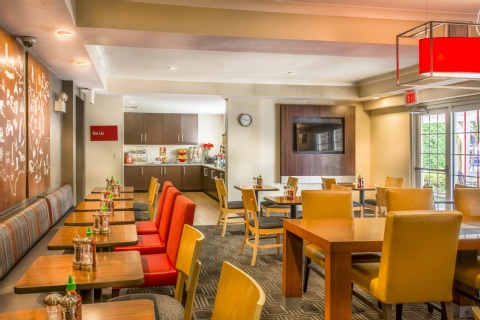 TownePlace Suites by Marriott Republic Airport Long Island/Farmingdale, MD 21090 near Baltimore-washington International Thurgood Marshall Airport View Point 31