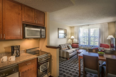 TownePlace Suites by Marriott Republic Airport Long Island/Farmingdale, MD 21090 near Baltimore-washington International Thurgood Marshall Airport View Point 16