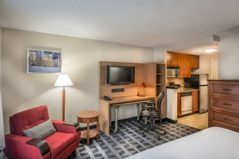 TownePlace Suites by Marriott Republic Airport Long Island/Farmingdale, MD 21090 near Baltimore-washington International Thurgood Marshall Airport View Point 11