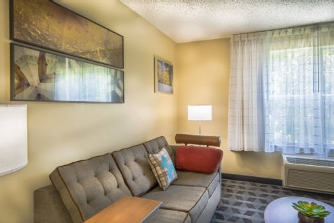 TownePlace Suites by Marriott Republic Airport Long Island/Farmingdale, MD 21090 near Baltimore-washington International Thurgood Marshall Airport View Point 9