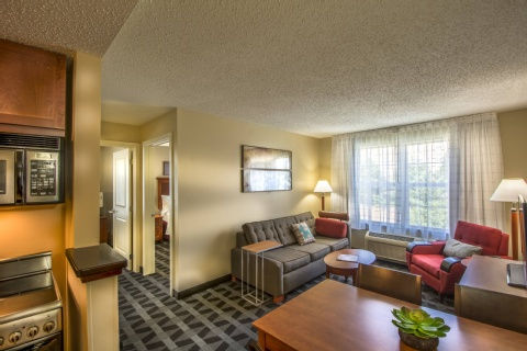 TownePlace Suites by Marriott Republic Airport Long Island/Farmingdale, MD 21090 near Baltimore-washington International Thurgood Marshall Airport View Point 7